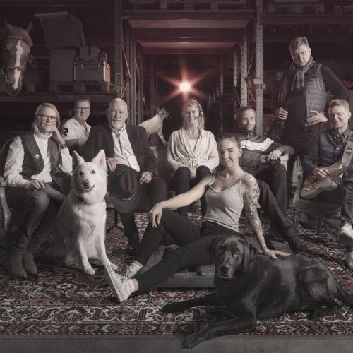 gruppfoto till ett företag, skapat av Laj Illustration