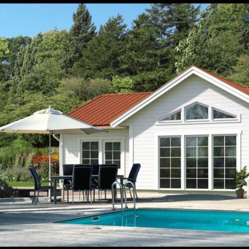 visualisering-exterior-hus-med-pool-2-laj-illustration-scaled